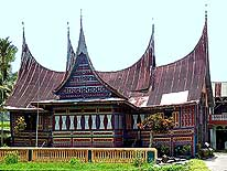 Indonesia: Minangkabau House near Batusangkar/West Sumatra