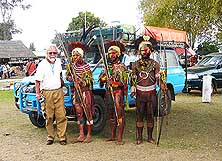 Goroka/Papua New Guinea: Worlds apart - Show participants from the Madang province